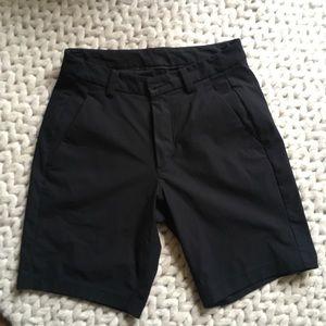 LuLu Lemon Slimfit Commission Shorts Size 30